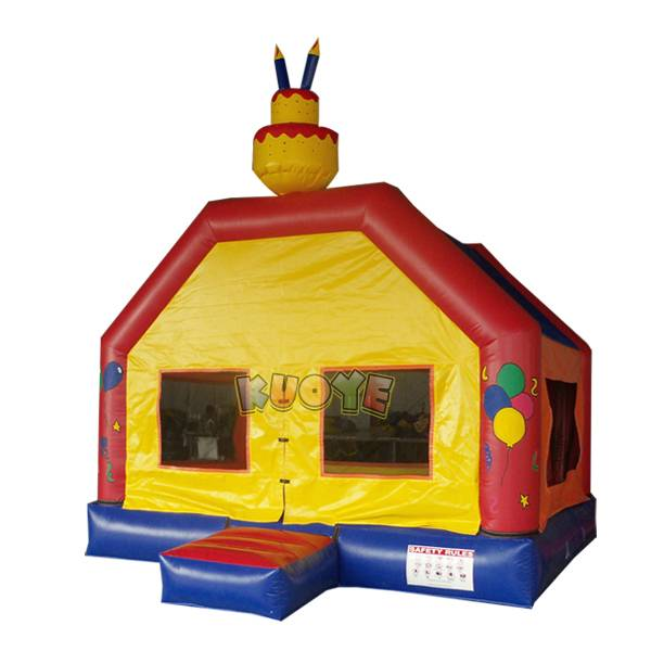 KYC76 Birthday Cake Bounce House