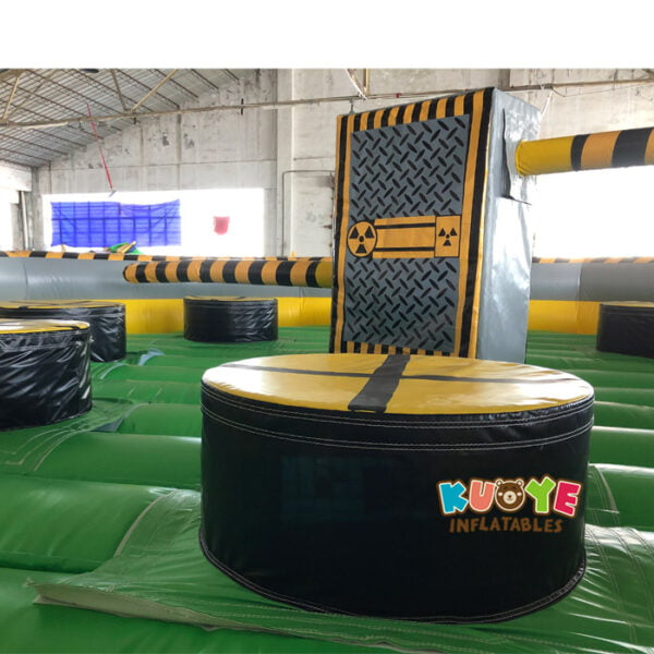 SP1851 8 Players Meltdown Mechanical Inflatable Wipe Out game 3