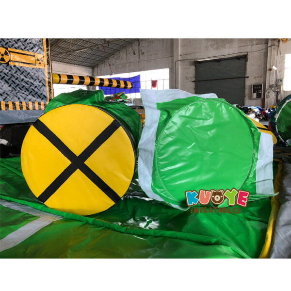 SP1851 8 Players Meltdown Mechanical Inflatable Wipe Out game 4