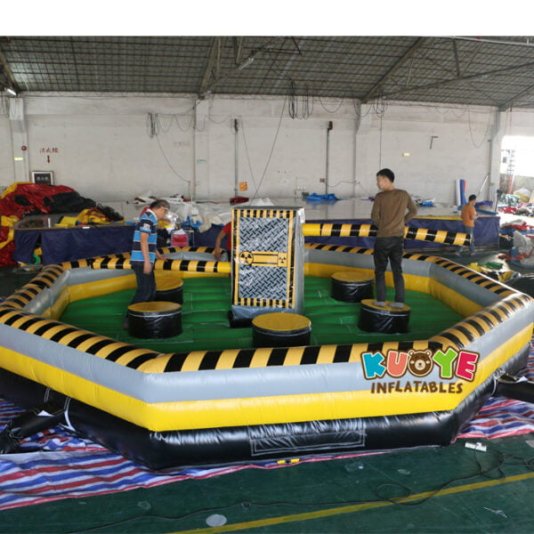 SP1851 8 Players Meltdown Mechanical Inflatable Wipe Out game 6