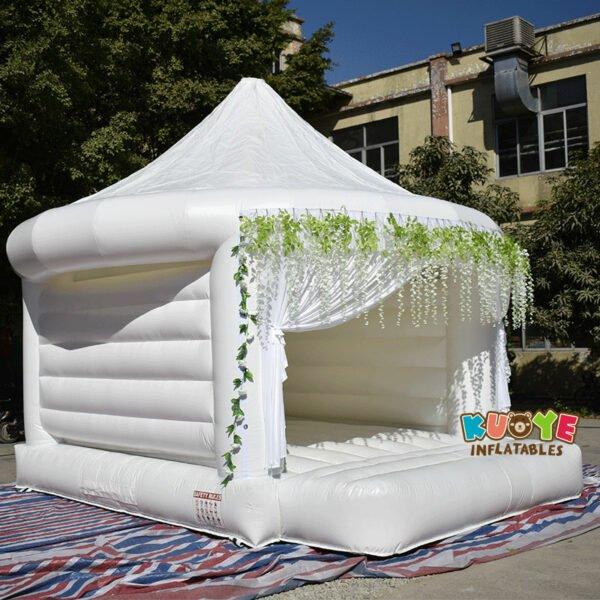 White Wedding Bouncy Castle 3